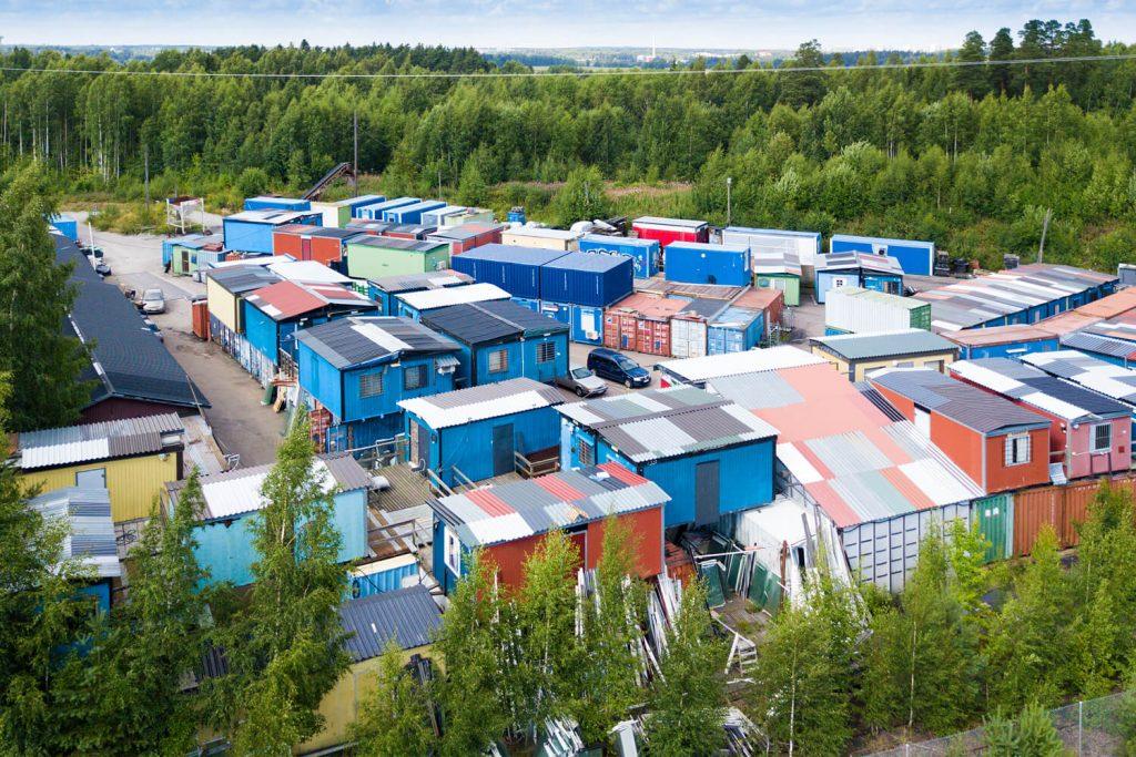 Vantaan Hakintiellä parakkipuistoalue