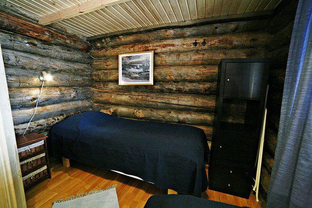 Makuuhuoneessa kaksi erillistä sänkyä
