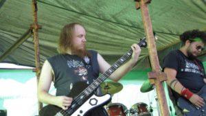 Hakkila open air kitaristi